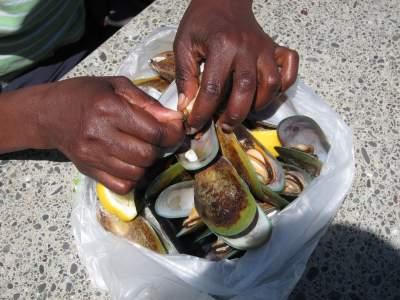 Bag o Mussels