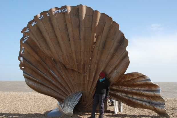 Maggi Hambling, scallop sculpture